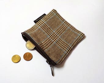 Plaid zipper pouch, small cosmetic and makeup bag, fabric jewelry case, coin wallet, period suply purse, purse organizer,accessories storage