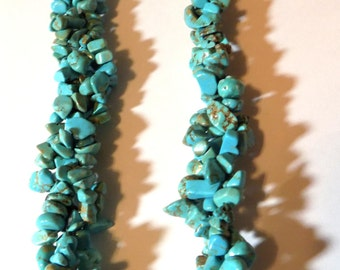 TURQUOISE CHIPS Bib Necklace