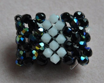 Ring Right Angle Weave black & white, blue and silver