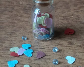 Glass jar of hearts, wedding favours, unique, gift, love, heart, birthday, anniversary, bridesmaid, mum, sister, friend, daughter, boyfriend