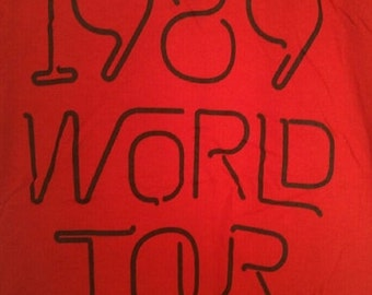 Taylor Swift Tee 1989