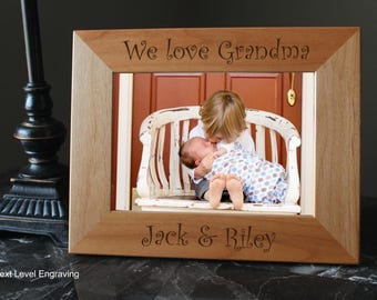 Grandma Gifts for Christmas, Grandparent Gifts, Grandma Engraved Grandma Frame, Personalized Grandmother Gift, Mother Gift from Grandkids