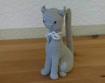 """Stuffthebody"" grey cat Amigurumi"