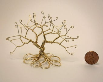 Gold Colored Wire Tree
