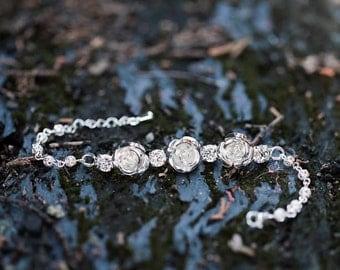 Wedding bracelets with flowers