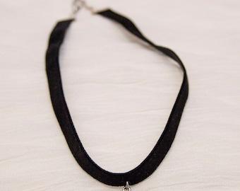 Cameo choker, black velvet choker, cameo charm choker, black velvet choker necklace, black and white cameo charm, cameo charm jewelry