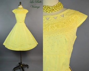 Jack Squire 1950s Dress ~ Vintage Embroidered Yellow Full Skirt Sundress ~ Deadstock w/Tags