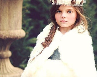 Wedding Tiara Feather Crown Woodland Tiara Crown Winter Fairy Crown for Women and Girls Fairy Wreath Winter Wreath Wedding Accessories