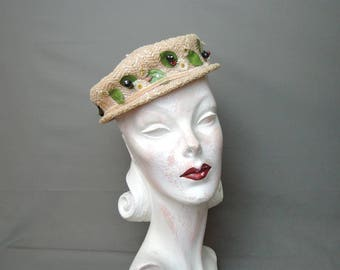 Vintage 1950s Peachy-Ivory Straw Hat with Berries, 21 inch head, John Wanamaker