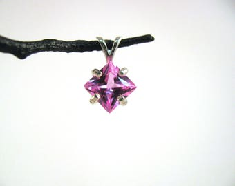 8mm sparkly Pink Sapphire Pendant in Sterling Silver RKS550