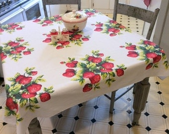 Vintage Tablecloth Yummy Red Strawberries