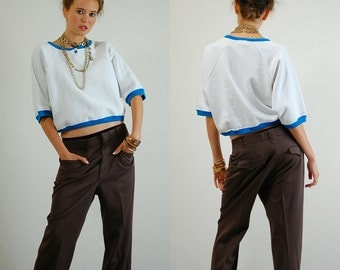 Crop Sweatshirt Vintage 90s White and Turquoise Color Block Slouchy Oversized Hip Hop Crop Sweatshirt (os)