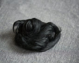 Viscose fiber 1 oz black for felting spinning art batts projects doll hair making - Viscose roving combed tops