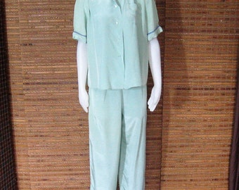 Vintage 50s Pajama Set, Seafoam Cold Touch Rayon, High Waist Side Zip Pants, Short Sleeve Blouse Top, Evelyn Pearson Lounge Apparel, S-M