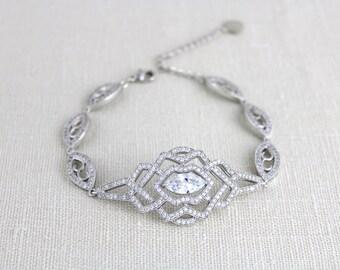 Crystal Bridal Bracelet, Cuff Wedding bracelet, Bridal jewelry, Art Deco bracelet, Vintage style bracelet, Cubic Zirconia bracelet, Unique