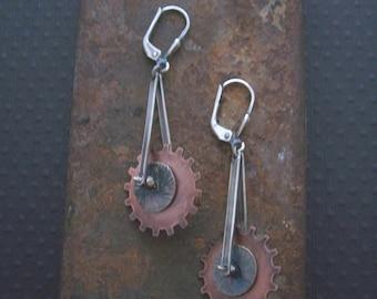 Mixed metal Steampunk gear earrings - Kinetic jewelry  - Steampunk earrings - Pendulum collection