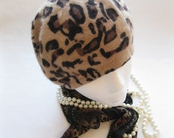 Small Animal Print Hat, Animal Print Tam, Animal Print Beret, Wool, Travel Hat, by mailordervintage on etsy
