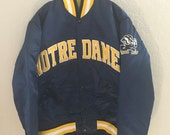 Vintage Starter NOTRE DAME Fighting Irish Navy Blue and Yellow Satin Bomber Jacket Size Small