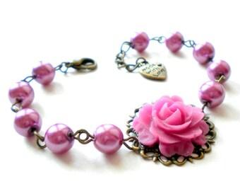 Purple Bracelet Purple Bridesmaid Jewelry Magenta Bracelet Purple Flower Bracelet Beadwork Pearl Bracelet Purple Wedding Jewelry