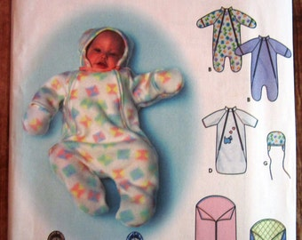Easy to Sew Babies Buntings and Hat Sizes XXS XS S and One Size Blanket Bunting Simplicity Pattern 9418 UNCUT