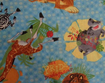 """29 and 1/2"""" X 45"""" Fabric (#1130) MADAGASCAR movie characters (2005 Dreamworks Animation) Sewing /Quilting / Crafts"""