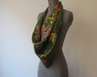 Vintage '50s/'60s Huge Thin Silk Blended Super Rich Autumnal Leaf & Ladybug Print Scarf