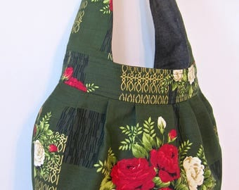 Red Cabbage Roses Barkcloth Cotton Pleated  Large Shoulder Bag Hobo Vintage 40s 50s