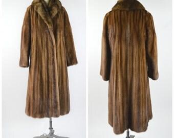 Vintage Fur Coat 1980s Oscar de la Renta Fur Coat Size Medium Brown Mink Fur with Lynx Collar Exceptional Condition