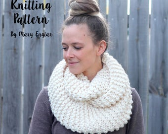 KNITTING PATTERN -Cozy and Thick Infinity Scarf Knitting Pattern- Instant Download- PDF File