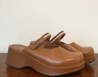 90s platform caramel leather Tommy Hilfiger sandals US 7 - 7.5/EUR 38/UK 5.5