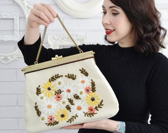Vintage 1960s Floral Embroidery Cream Handbag with Gold Tone Metal Clasp and Chain