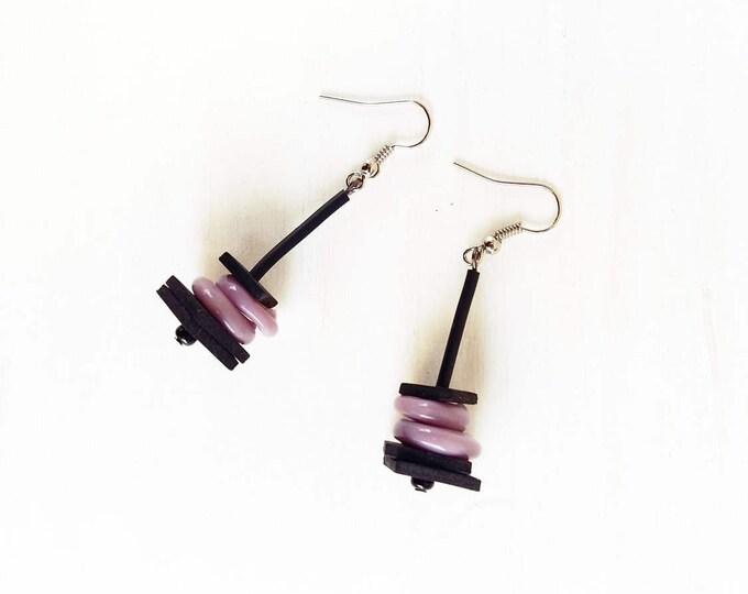 Mauve earrings - Glass circle earrings - Purple glass circle pendant earrings - violet earrings - lavender earrings