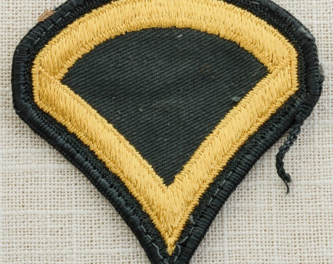 US Army Vintage Patch Military Vietnam Era Private 1st Class E3 Uniform Sew on