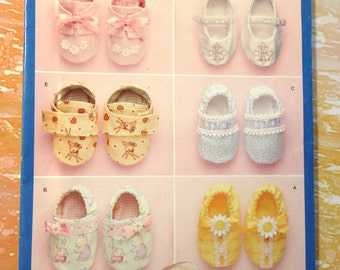 Simplicity 2471 Baby Shoes One Size