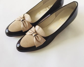 Brown Bow Loafers/ 1960's 1970s Howard Fox Slip In Shoes size 7.5/8