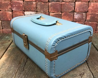 Small Beautiful Sky Blue Vintage Hand Luggage