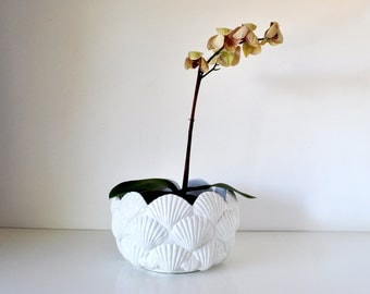 Large Vintage I. Magnin White Ceramic Shell Bowl Plant Pot Italy