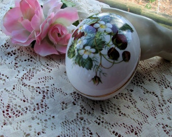Egg trinket box Strawberry decore Bone China made in England by Hammersley and Co enchanting lovely gift
