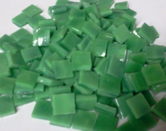 SPRING GREEN MOTTLED 100 3/8 Ring Mottle Stained Glass Mosaic Tile A34