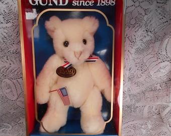 Vintage 1988 Gund Bear NIB  Cute Bear with American Flag and bow