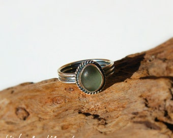Hawaiian Kauai Rare Tiny Grey Beach Glass Set in 925 Sterling Silver Handcrafted Ring - Size 5.75