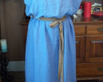 Roman Peplos (Lady's Dress) - Periwinkle/Lavender Light Weight Linen with Trim at Shoulders and Hem