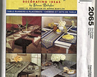 Table Runners & Placemats / Original McCall's More Splash Than Cash Decorating Ideas Uncut Sewing Pattern 2065