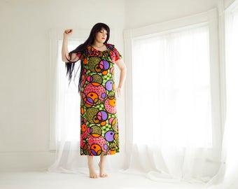 Vintage colorful circles maxi dress, bubbles short sleeves, ruffle neck bright floral, L XL plus size, 1960s 1970s SALE