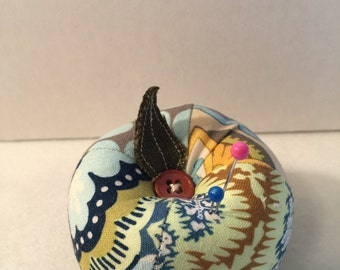 Patchwork Apple Pin Cushion in Blue
