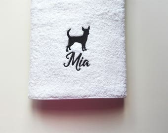 Chihuahua / Personalized Towel /  Monogrammed Towel / Hand Towel / Pet Towel / Wedding Towels / Embroidered Towel