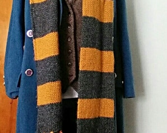 SALE>>>Fantastic Newt scarf ***Scarf only*** 6 feet long NOW AVAILABLE in 3 other house colors!