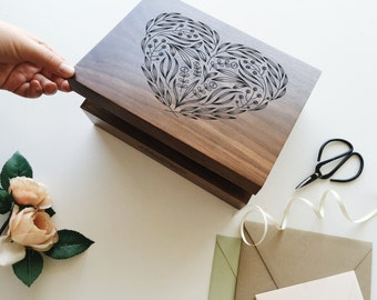 Floral Heart Wood Keepsake Box [Memory Box / Wedding Box / 5th Anniversary Gift for Her / Customized Baby Gift / Gift for Mom]