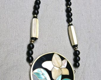 70s Amazing Mother of Pearl Statement Necklace