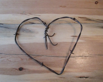 Country Heart ~ Barb Wire Heart ~ Rustic Barbed Wire Heart For Your Country, Western, Southwest, Outdoor Wedding or Home